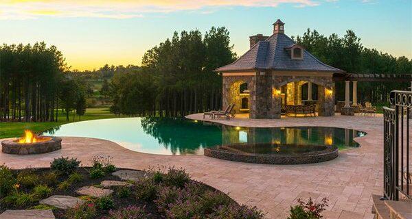 สร้างสวนสระว่ายน้ำ