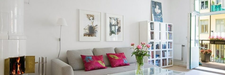 Recommend to decorate the living room of the condo